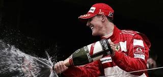 schumacher champagne podium 2004